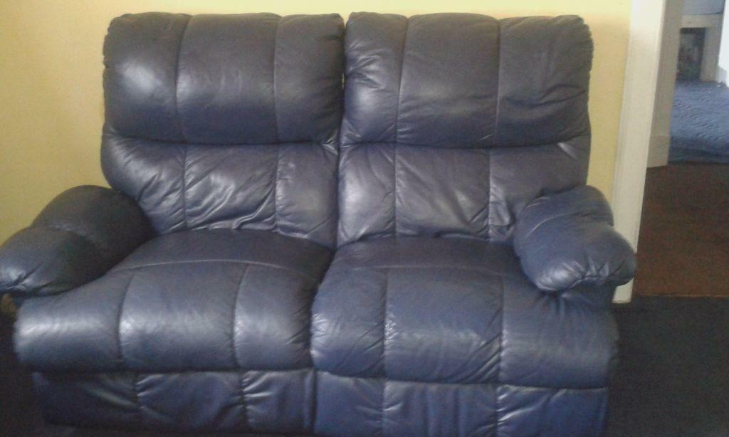 Blue leather two seater reclining sofa united kingdom for Blue leather reclining sofa