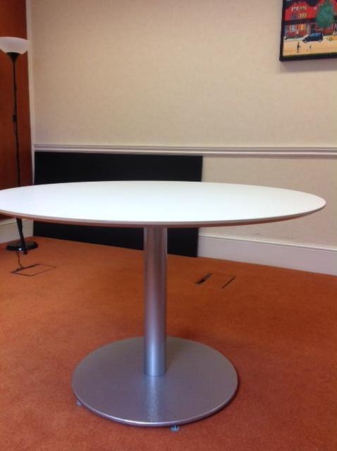 Office coffee table united kingdom gumtree for Coffee tables gumtree london