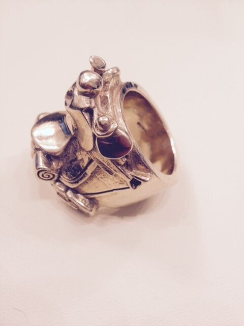 big 9ct gold keeper ring buy sale and trade ads great
