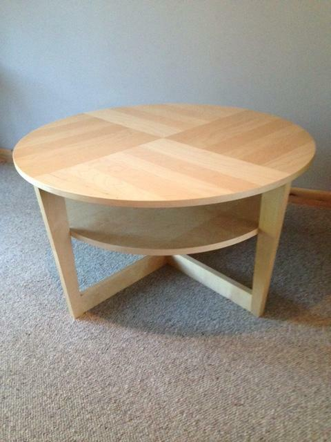 Ikea coffee table for sale united kingdom gumtree for Coffee tables gumtree