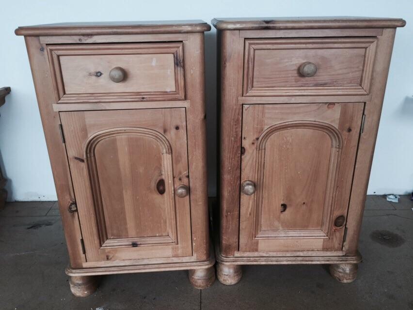 Bedroom furniture set wardrobe bedside tables chest for Furniture gumtree