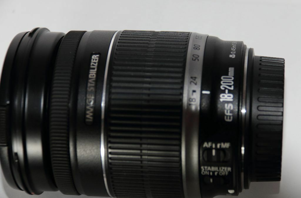 Lens 200mm Canon Canon Efs 18-200mm F/3.5-5.6