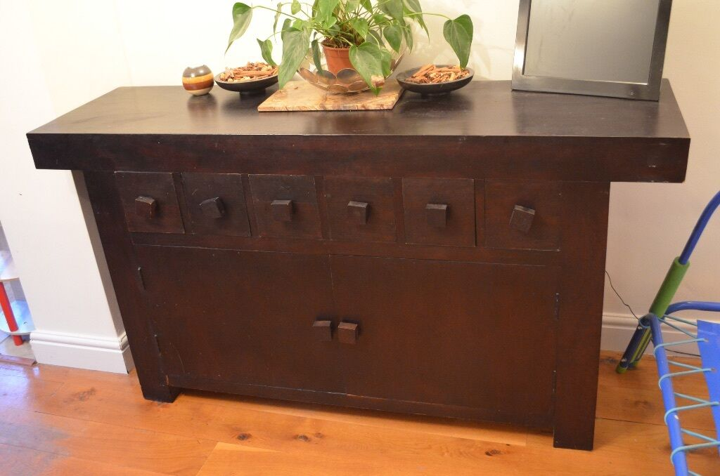 Solid wood sideboard united kingdom gumtree for Furniture gumtree
