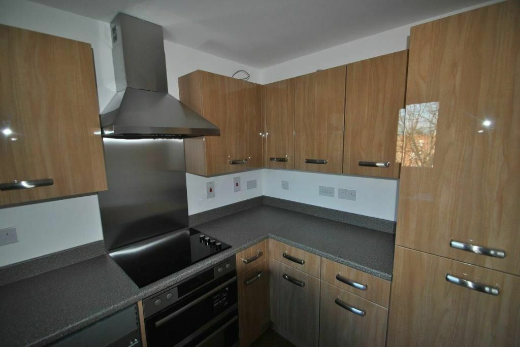 2 BED FLAT TO RENT IN BARKING NEWLY REFURBISHED PROPERTY IN A NEW BUILD APAR