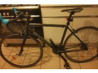 2015 B-TWIN TRIBAN 500 SE ROAD BIKE WITH FRONT CARBON FORKS