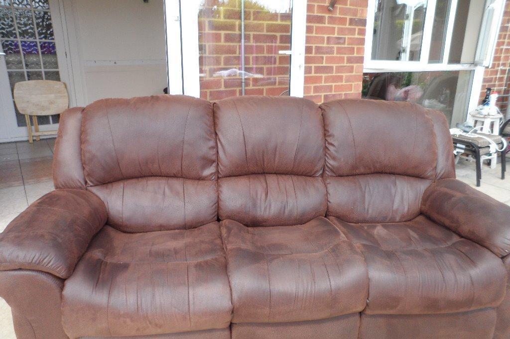 Three piece sweet united kingdom gumtree - Garden furniture kings lynn ...