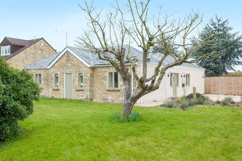 3 Bedroom House In Brize Norton Road Minster Lovell Witney United Kingdom