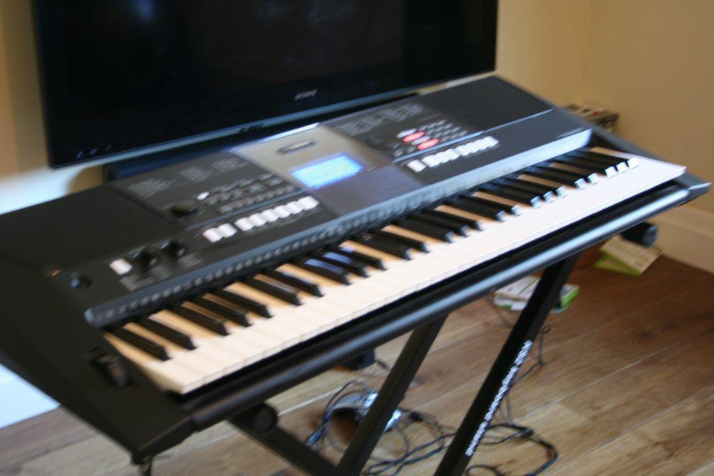 Psr e423 yamaha keyboard in buy sale and trade ads for Yamaha psr e423 for sale