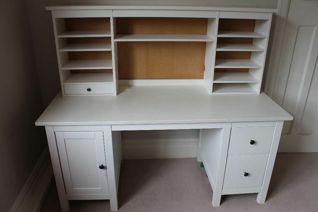 Office desk Ikea Hemnes Desk, white stain with add on unit Desk is in excellent condition No