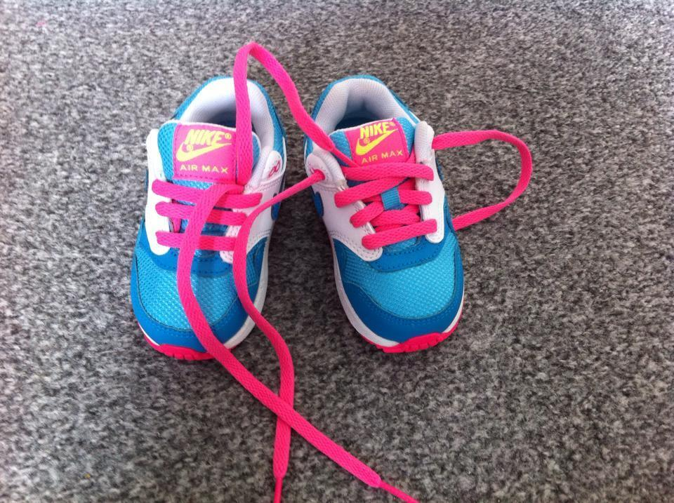 Brand New Without Box Girls Nike Trainers Size 4 And A 1