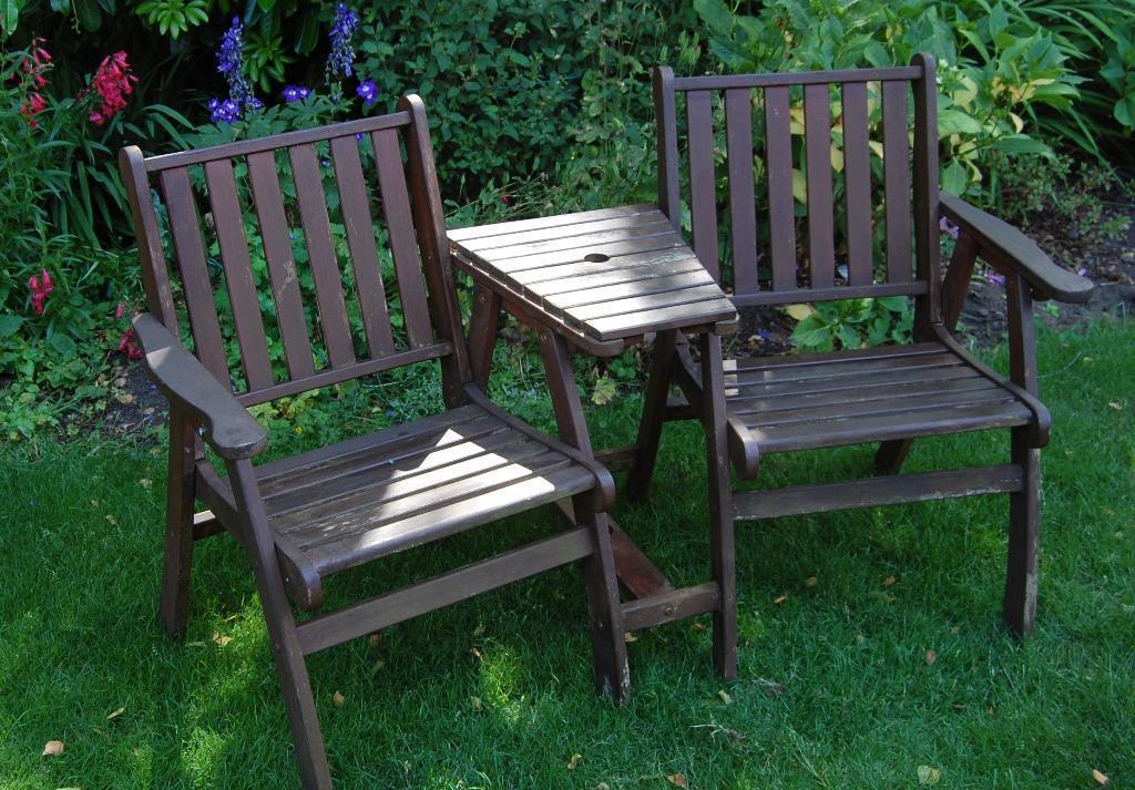 Garden patio companion set united kingdom gumtree for Outdoor furniture gumtree