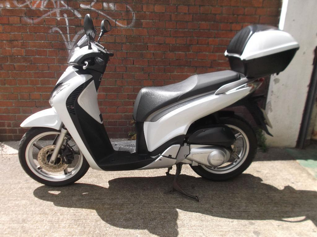 honda 250 motorbikes scooters for sale gumtree autos post. Black Bedroom Furniture Sets. Home Design Ideas