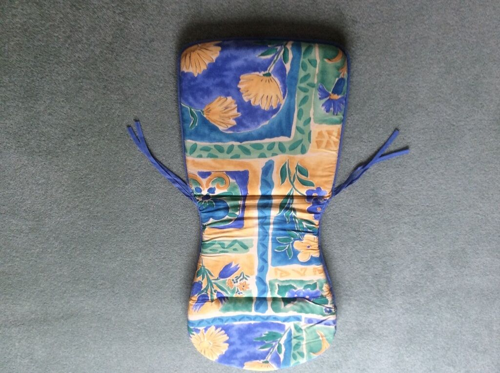 6 Padded Chair Covers 6 Blue and yellow patterned padded  : 86 from dealry.co.uk size 1024 x 765 jpeg 143kB