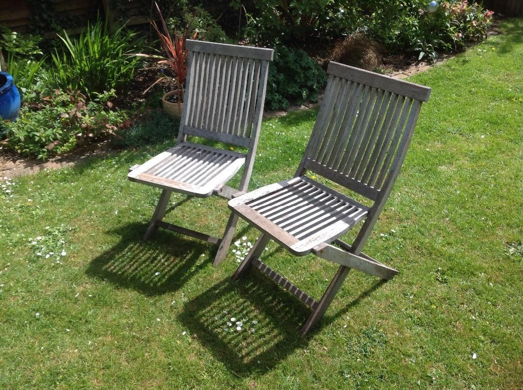 Two wooden folding garden chairs united kingdom gumtree for Outdoor furniture gumtree