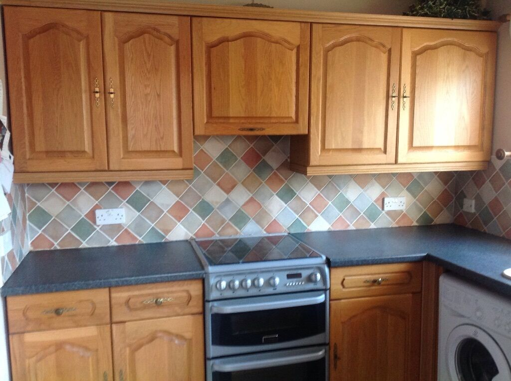 Solid oak fitted kitchen buy sale and trade ads great for Oak fitted kitchen
