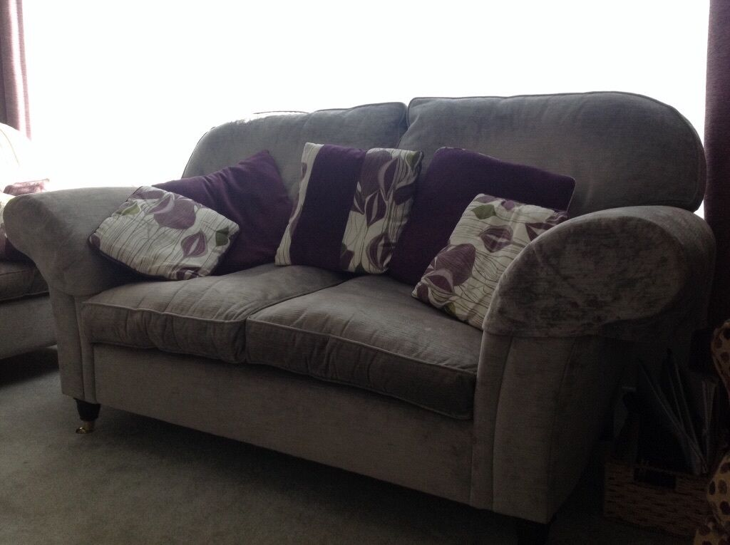 laura ashley sofa for sale in very good condition united kingdom gumtree. Black Bedroom Furniture Sets. Home Design Ideas