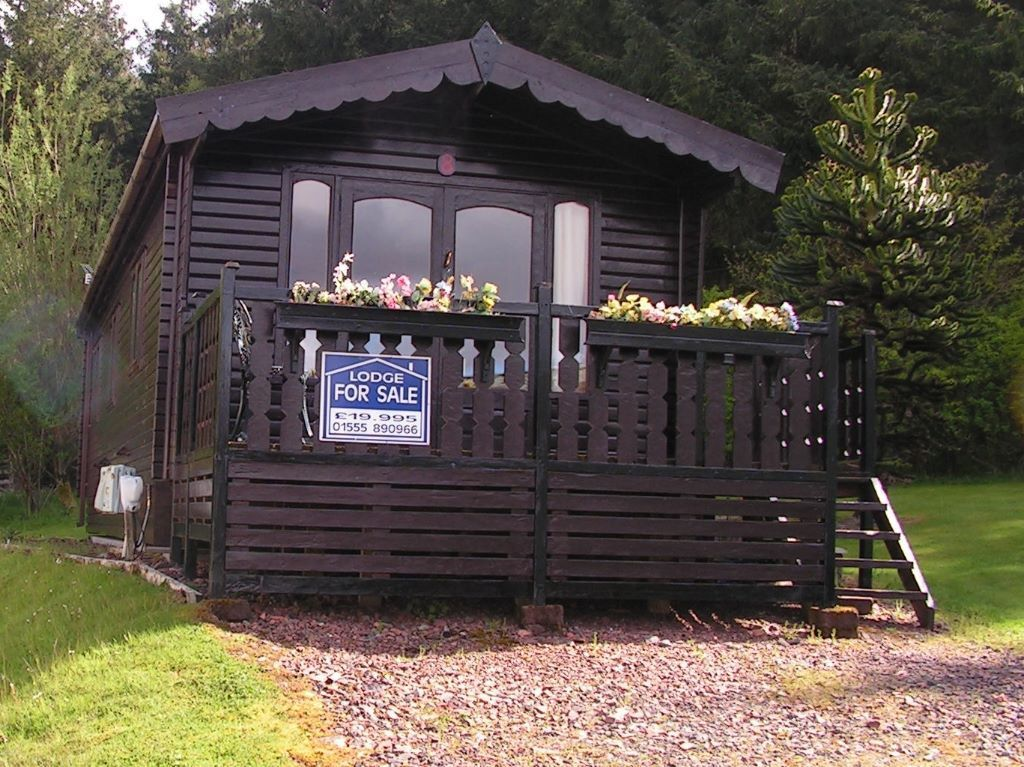 Static Pine Holiday Lodge In Abington Scotland For Sale