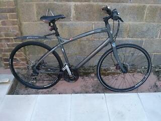 Specialized Globe Vienna 3 Hybrid Bike