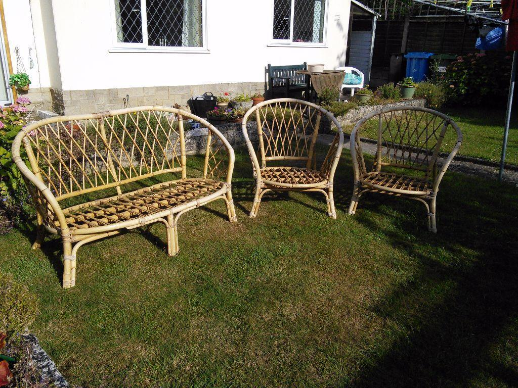 Cane patio furniture united kingdom gumtree for Outdoor furniture gumtree