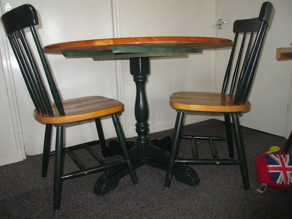 Wooden table 4 chairs sofa amp sofa chair microwave some  : 86 from www.gumtree.com size 1024 x 768 jpeg 107kB