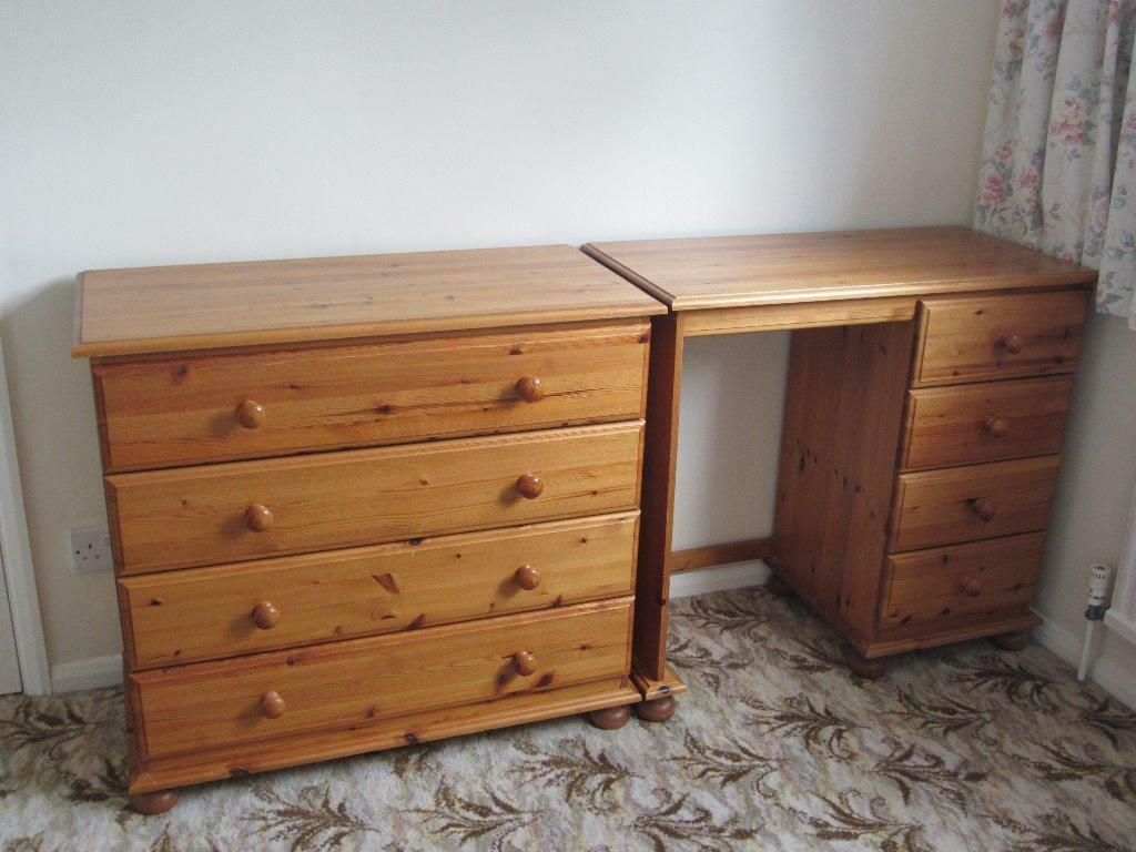 Pine furniture only desk remains united kingdom gumtree for Furniture gumtree