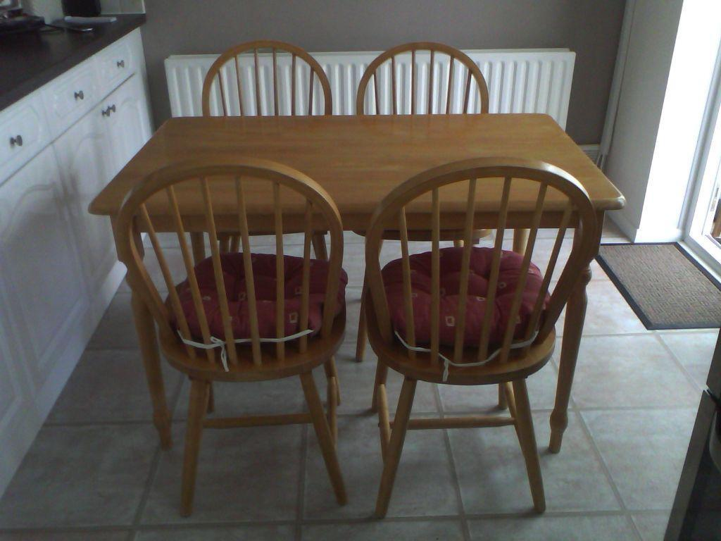 Kitchen table and 4 chairs united kingdom gumtree for Dining room tables on gumtree