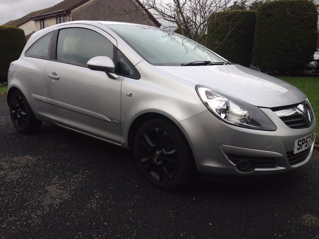vauxhall corsa sxi 1 3 turbo diesel silver with black alloys united kingdom gumtree. Black Bedroom Furniture Sets. Home Design Ideas