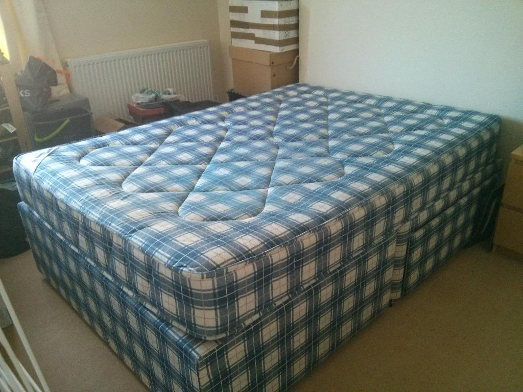Double divan bed incl mattress with two drawers for for Double divan with drawers