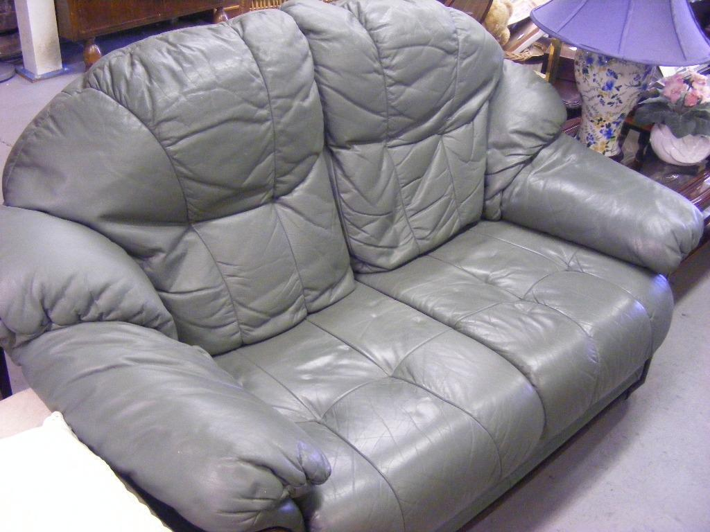 Lovely soft leather 2 seat sofa in green united kingdom gumtree - Garden furniture kings lynn ...