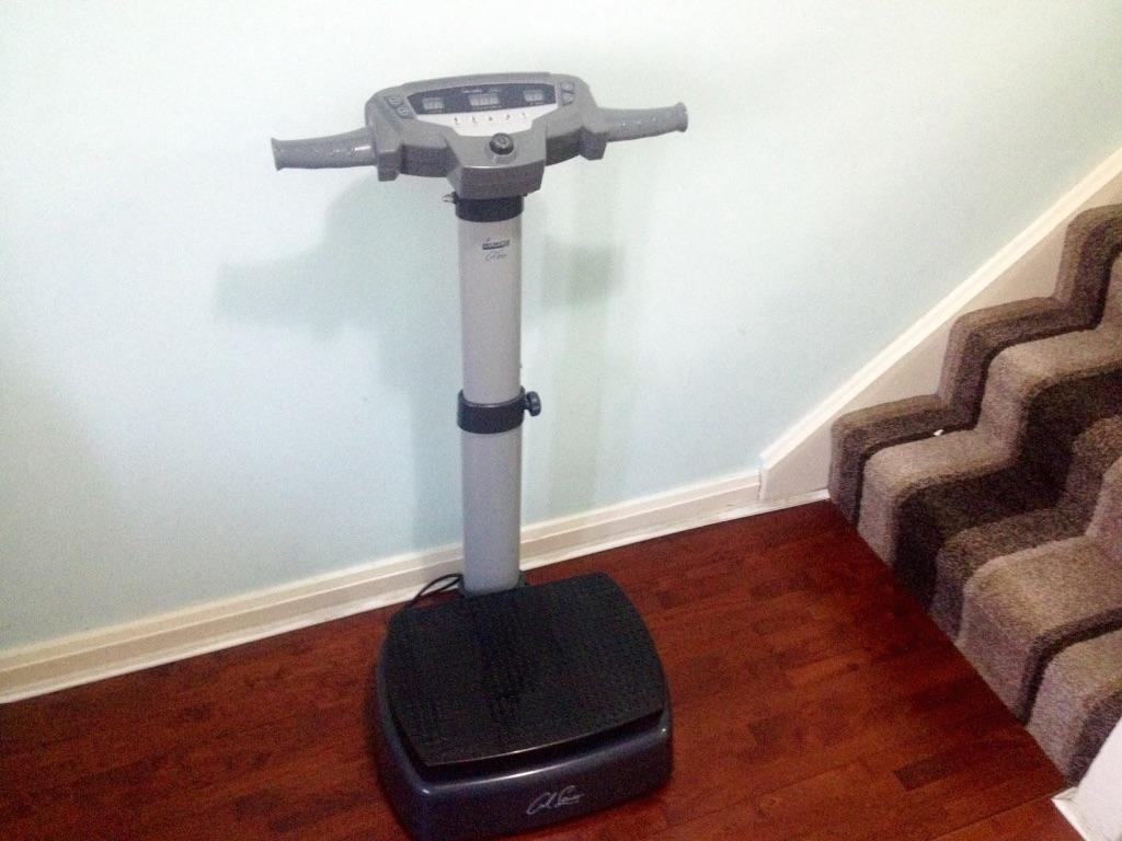 Carl Lewis Vibrapower Max Vibration Trainer With Handles