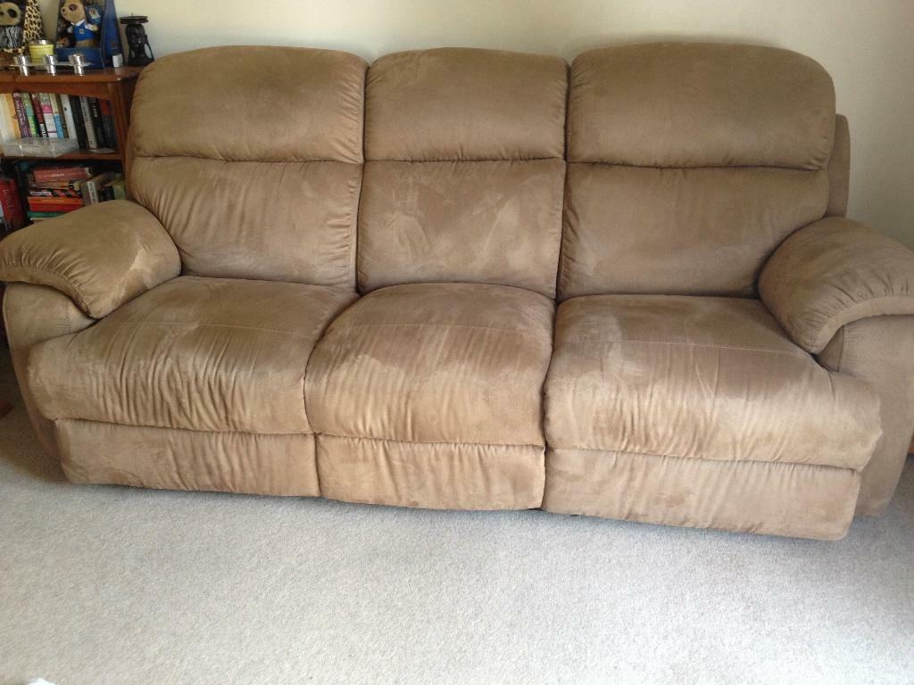 3 seater sofa with 2 reclining end seats for sale united for Sectional sofa with reclining ends