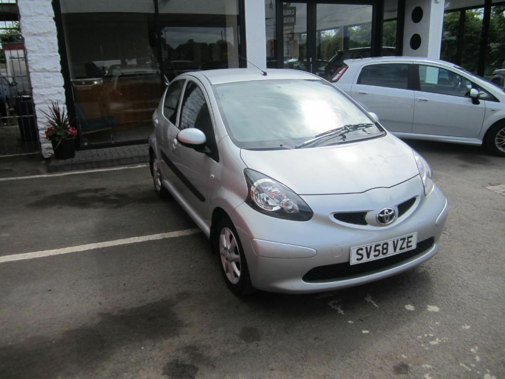 2008 toyota aygo hatchback 5 door petrol manual 1 years mot united kingdom gumtree. Black Bedroom Furniture Sets. Home Design Ideas