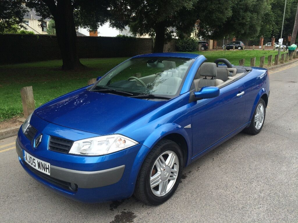 blue renault megane convertible 1 9 diesel 2005 thinkcar. Black Bedroom Furniture Sets. Home Design Ideas