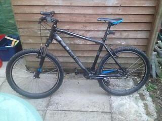 CUBE AIM MOUNTAIN BIKE FOR SALE EXCELLENT CONDITION