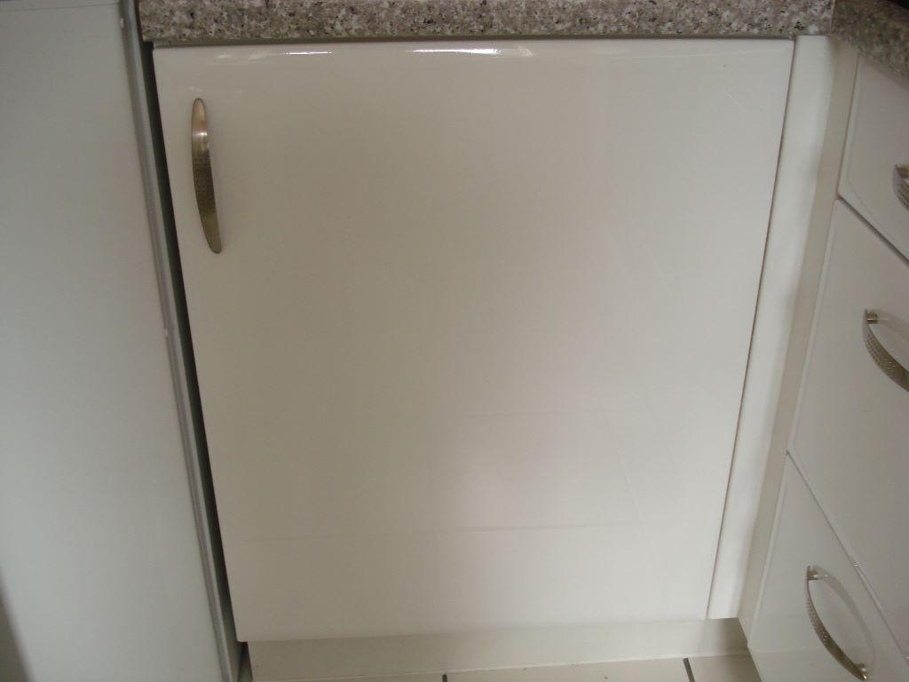 white gloss kitchen cupboard doors buy  sale and trade ads kitchen cupboard doors bubbling kitchen cupboard doors buy
