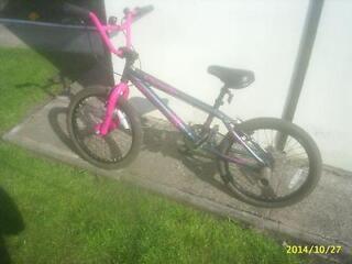 apollo awesome bmx bike