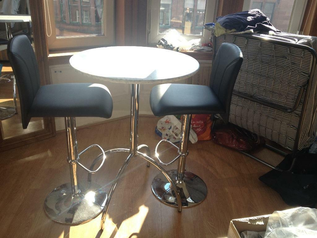 CHROME BAR STOOLS X2 AND MARBLE TABLE TOP WITH CHROME LEGS United Kingdom