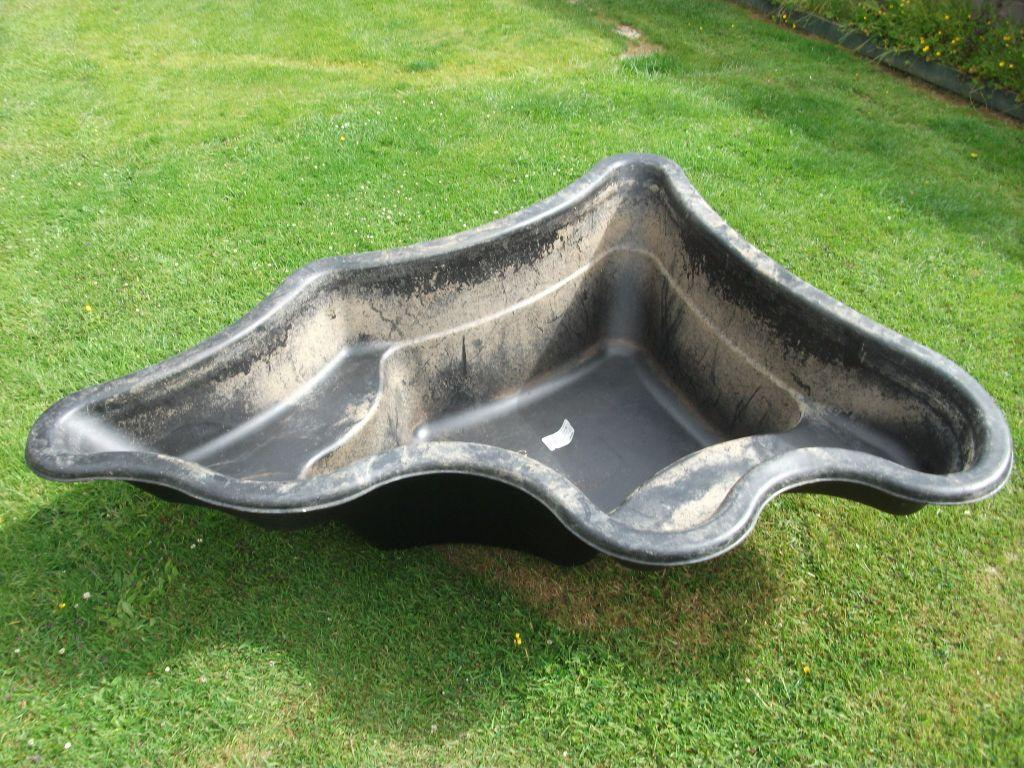 Hdpe preformed pond and accessories united kingdom gumtree for Preformed pond