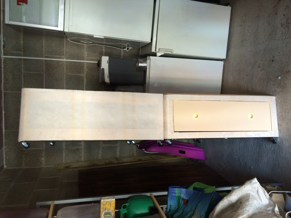 Double divan base with 2 drawers united kingdom gumtree for Double divan bed base for sale