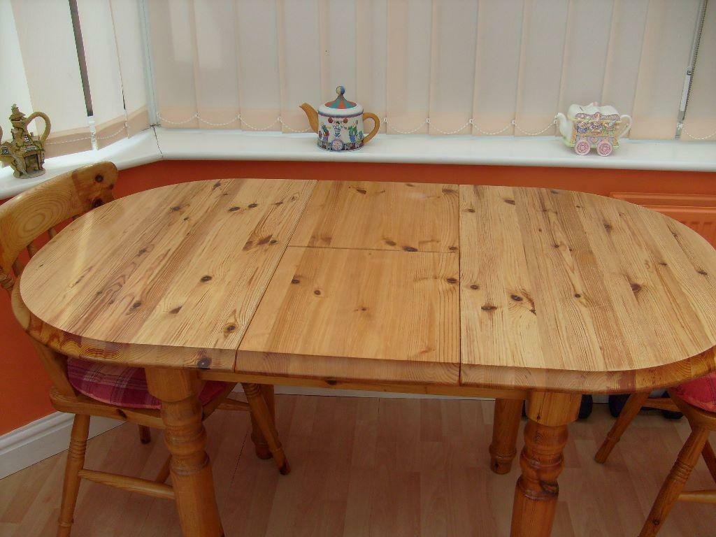 Pine Extendable KitchenDining room table amp 4 chairs with  : 86 from www.gumtree.com size 1024 x 768 jpeg 88kB