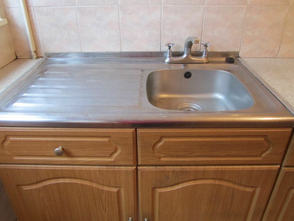 Kitchen sink chords kitchen sink and tab united kingdom for Kitchen cabinets gumtree