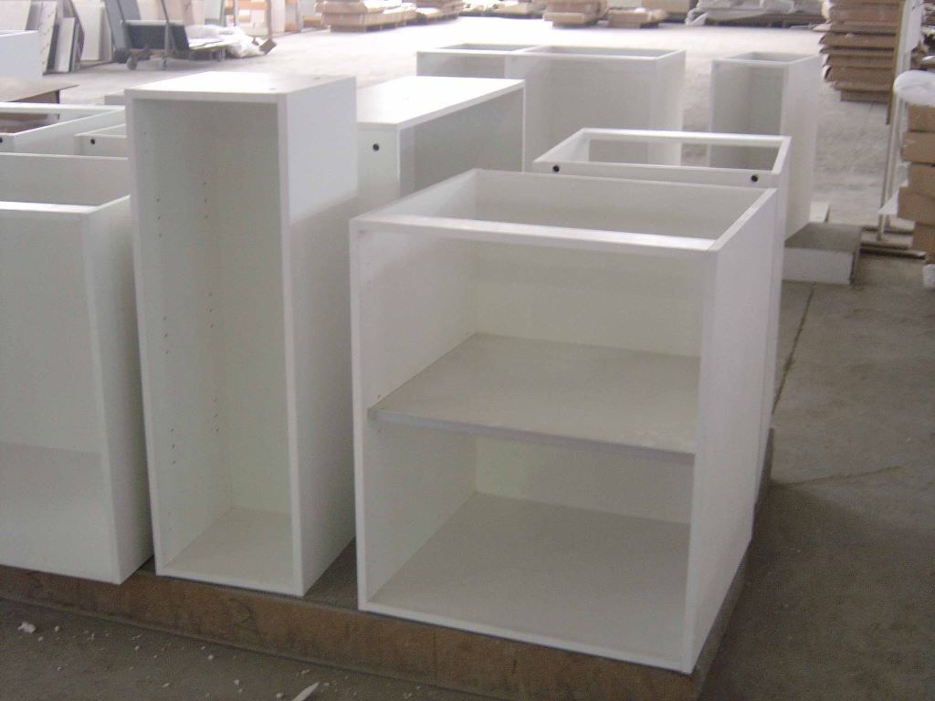 Gloss white kitchen doors buy or sell find it used for Cheap kitchen carcass