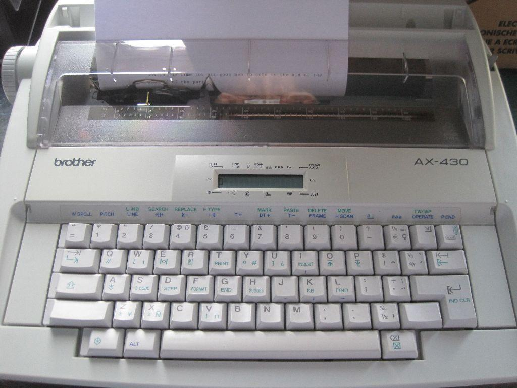 BROTHER ELECTRONIC TYPEWRITER AX430 NEW IN THE BOX C W 2