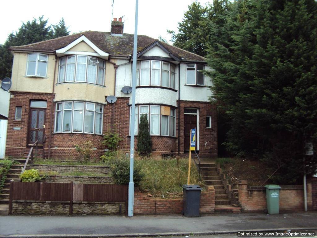 3 Bedroom House In Meyrick Avenue Town United Kingdom Gumtree