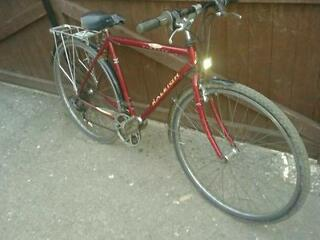 Raleigh racer bike large adult size
