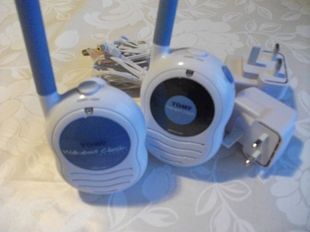 tomy walkabout classic advance baby monitor united kingdom gumtree. Black Bedroom Furniture Sets. Home Design Ideas