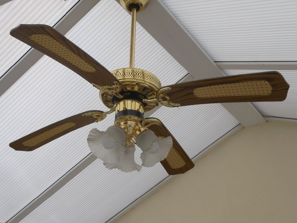 Remote controlled ceiling fan and light - Remote controlled ceiling ...