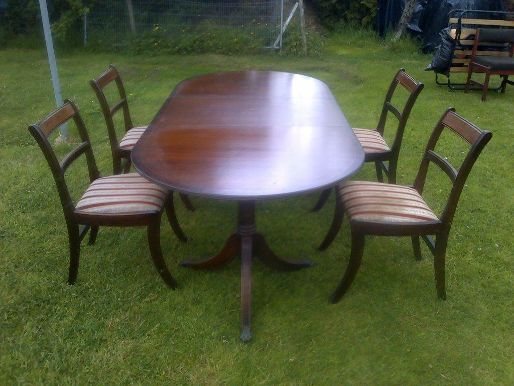 Mahogany Vintage Antique Extending Dining Table And Chairs