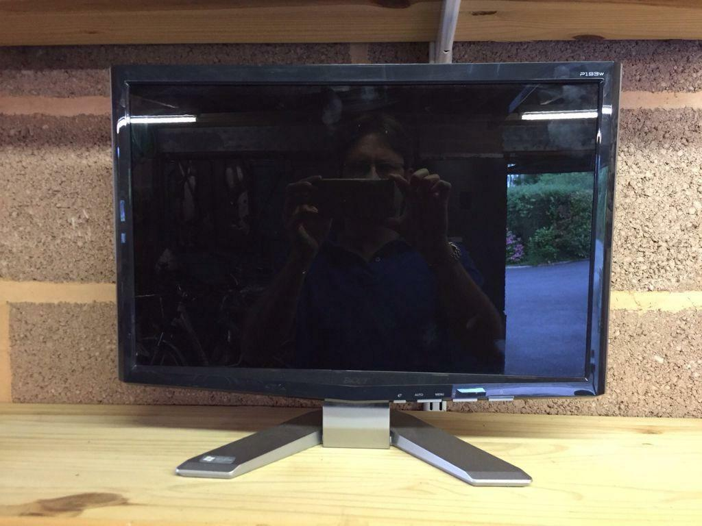 19 Inch Widescreen LCD Acer Monitor