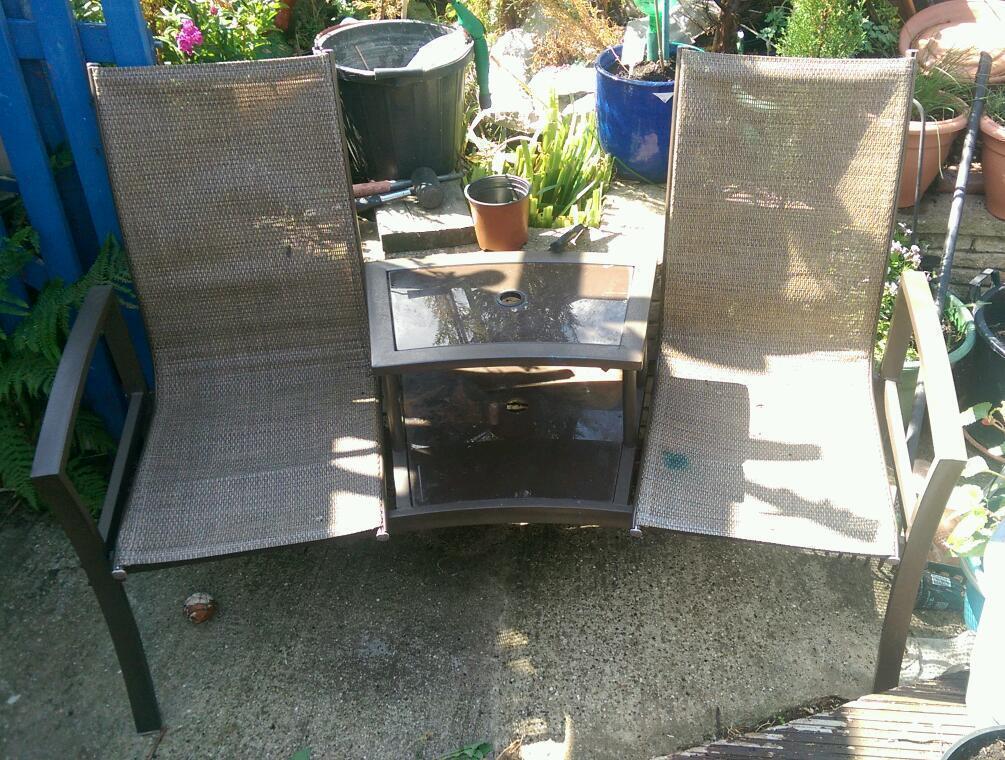 Garden seat united kingdom gumtree for Outdoor furniture gumtree